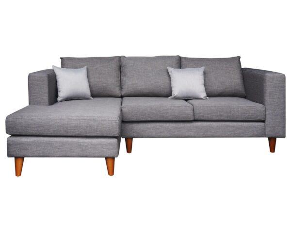 Sofá seccional gris con patas cónicas