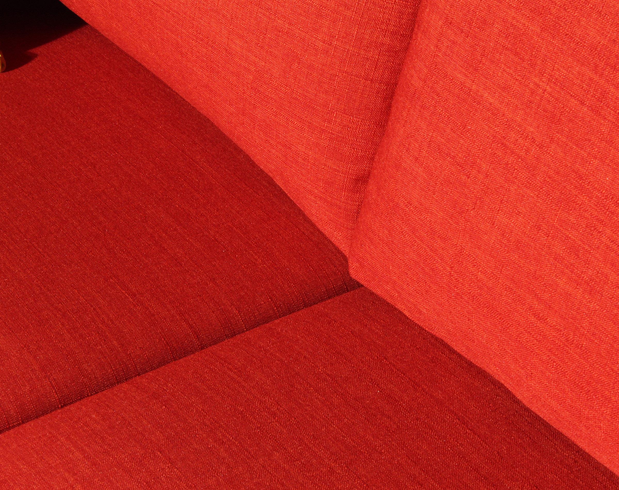 sofa-cama-urban-bariloche-naranjo-detalle-tapiz