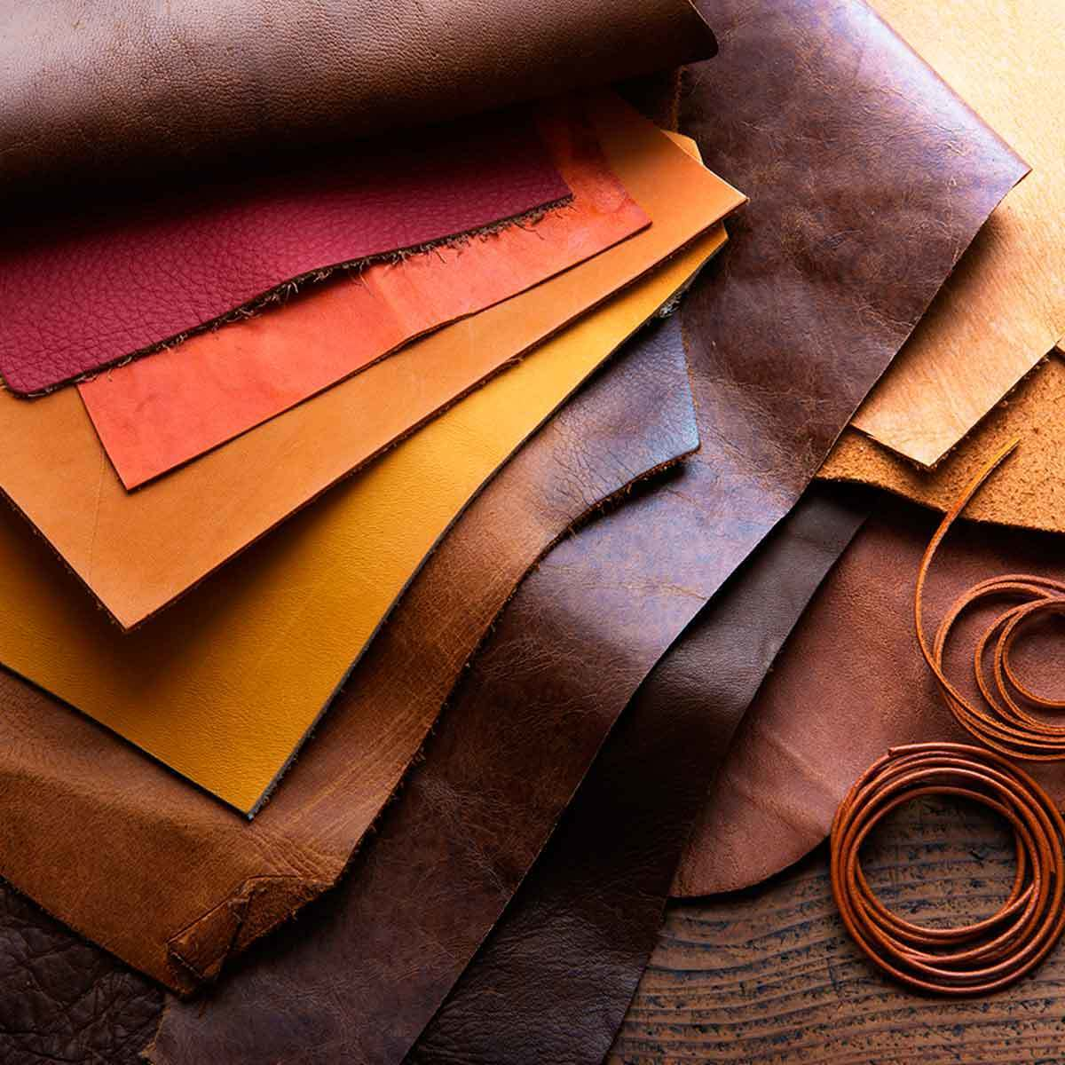Muestras de cuero envejecido retazos color cafe