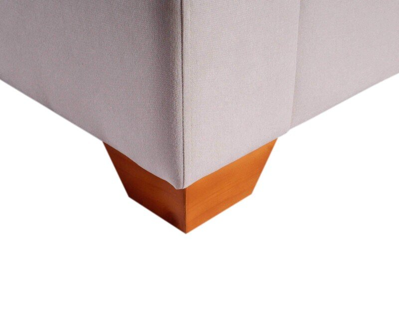 Sofa 3 Cuerpos Monaco Chenille Mecha Antimanchas White patas de madera