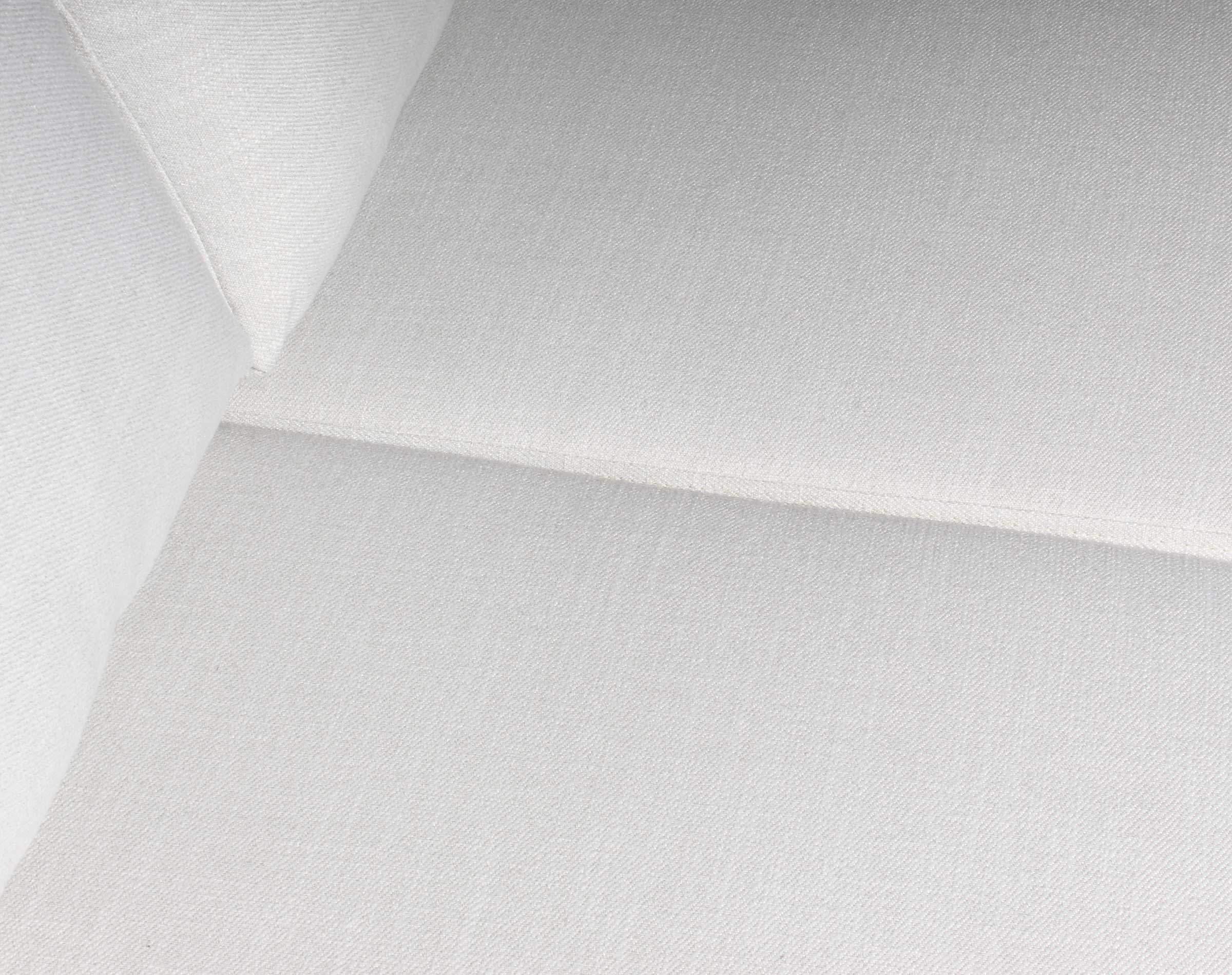 Sofa Seccional Monaco Izquierdo New York Antimanchas Crudo detalle tela