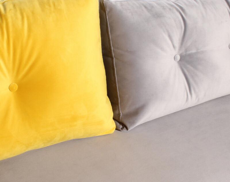 sofá de dos colores modero