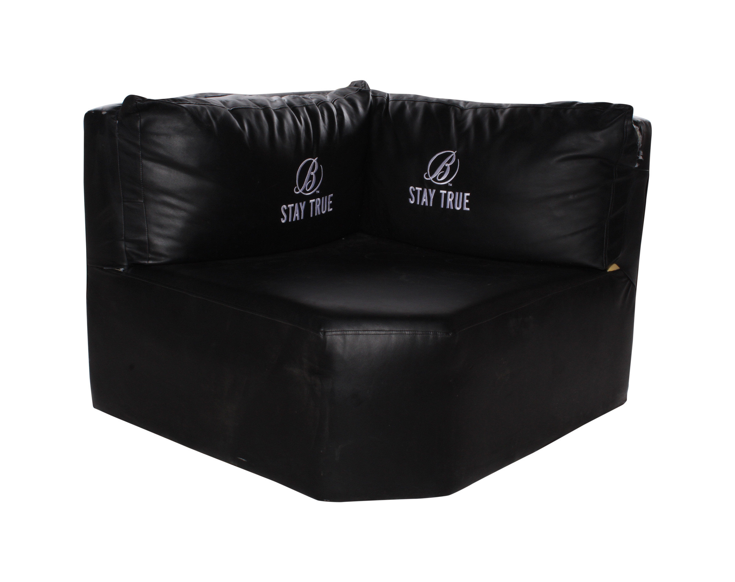 antiguo sofa en cuero para discoteca con logotipo ballantines
