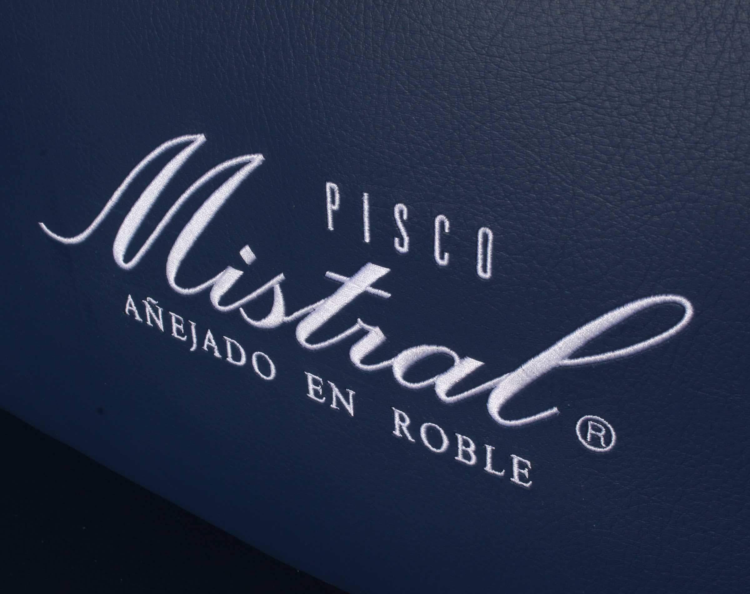 logotipo pisco mistral